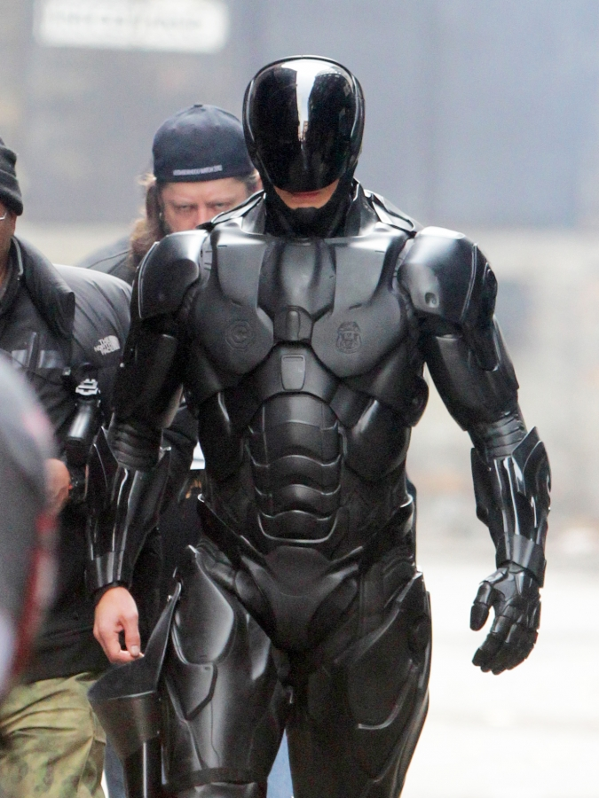 New Photos and Details From the Toronto Set of RoboCop (2014 ...