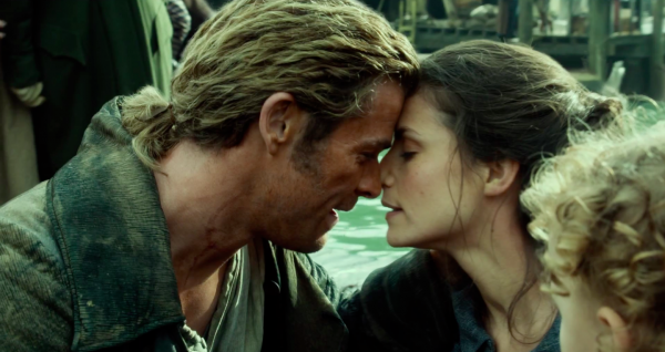 in-the-heart-of-the-sea-movie-trailer-screencaps-chris-hemsworth3