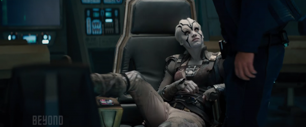 star-trek-beyond-trailer-stills-screencaps-39