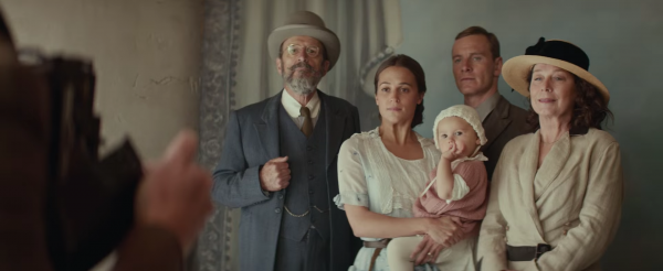 the-light-between-oceans-movie-images-alicia-vikander-michael-fassbender5