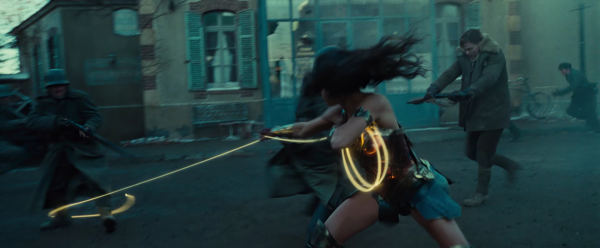 wonder-woman-movie-trailer-screencaps41