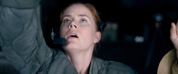 arrival-movie-trailer-images-amy-adams-19
