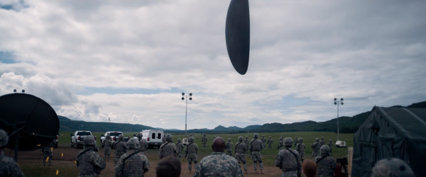 arrival-movie-trailer-images-amy-adams-7