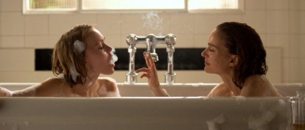 planetarium-bathtub-natalie-portman-lily-rose-depp-movie-image
