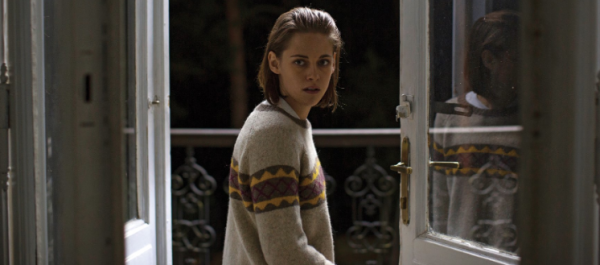 personal-shopper-tiff16-film-movie-review-kristen-stewart-olivier-assayas