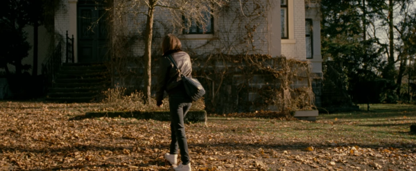 personal-shopper-kristen-stewart-trailer-screencaps-images-1