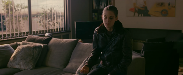 personal-shopper-kristen-stewart-trailer-screencaps-images-5
