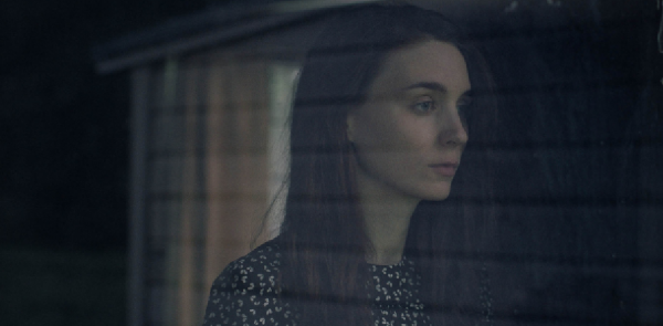 a-ghost-story-movie-image-official-rooney-mara-casey-affleck-sundance