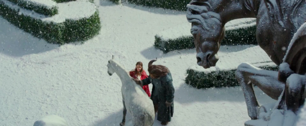 beauty-and-the-beast-movie-trailer-images-emma-watson62