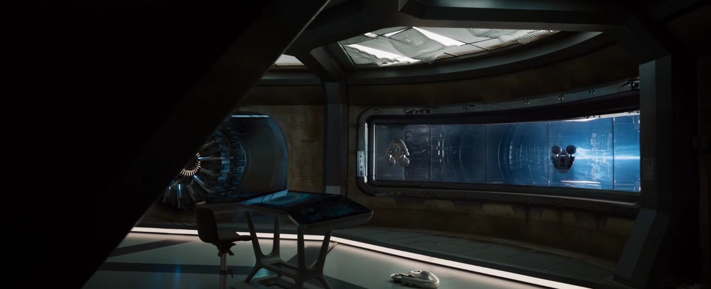 New Trailer And Clips From Passengers Starring Jennifer