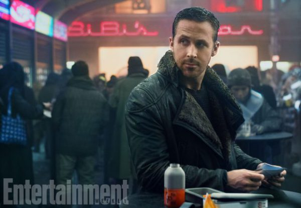 blade-runner-2049-official-movie-image-ryan-gosling