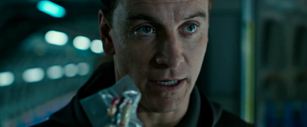 Michael Fassbender in Alien Covenant Movie Images