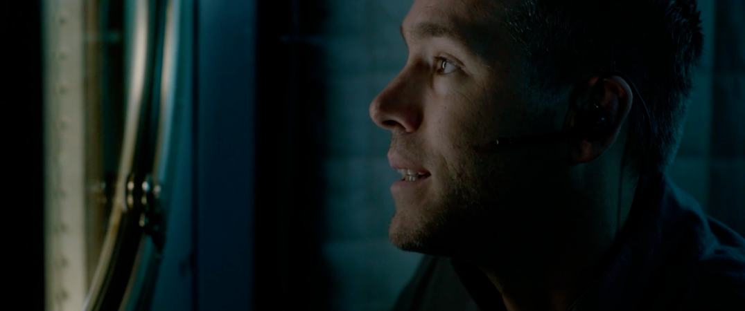 Ryan Reynolds in sci-fi movie LIFE