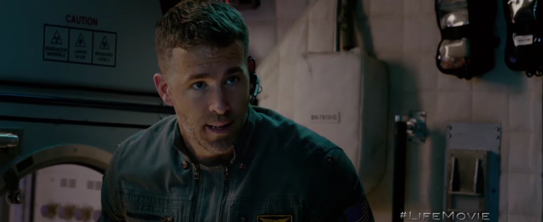 Life Movie Sci-Fi Ryan Reynolds