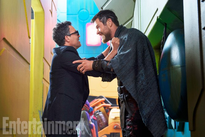 Thor Ragnarok Movie Images Mark Ruffalo Chris Hemsworth