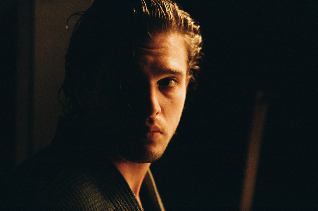 The Death and Life of John F. Donovan Movie Images Stills Pics Xavier Dolan Kit Harington