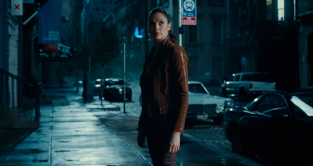 Justice League Movie Trailer Screencaps Screenshots Screengrabs HD Hi Res Images Wonder Woman Gal Gadot