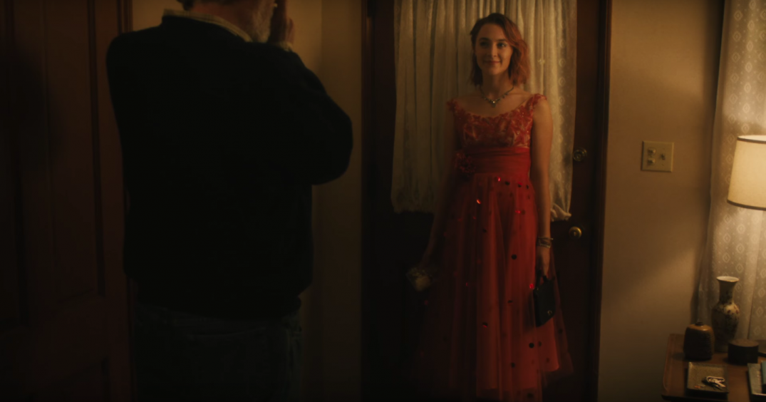 Lady Bird Movie Images Stills 2017 Screencaps Greta Gerwig Saoirse Ronan